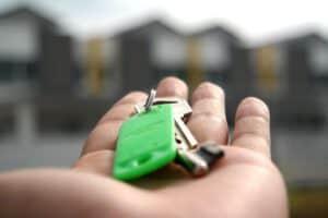 לשכור או לקנות דירה?