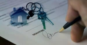 איך משיגים נכסים מתחת למחיר השוק?