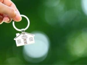 כמה דירות חדשות נמכרו בין החודשים יוני-אוגוסט 2021?